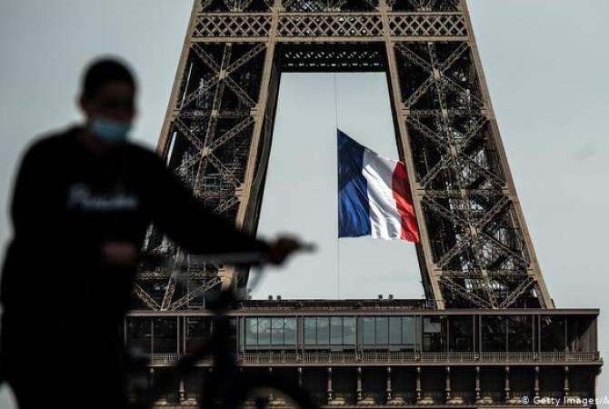 Photo of Во Франции побит рекорд по числу заболевших COVID-19
