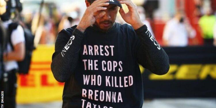 Photo of Հետաքննություն է սկսվել Լյուիս Հեմիլթոնի նկատմամբ․ նա հակառասիստական գրությամբ շապիկ էր հագել Տոսկանայի Գրան-պրիում