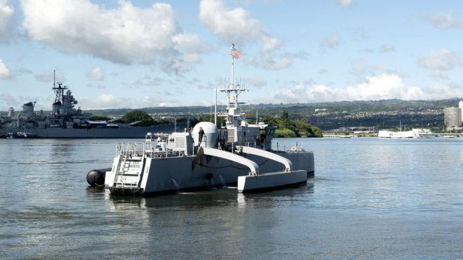 Photo of США впервые в мире проведут учебные бои с участием беспилотных кораблей