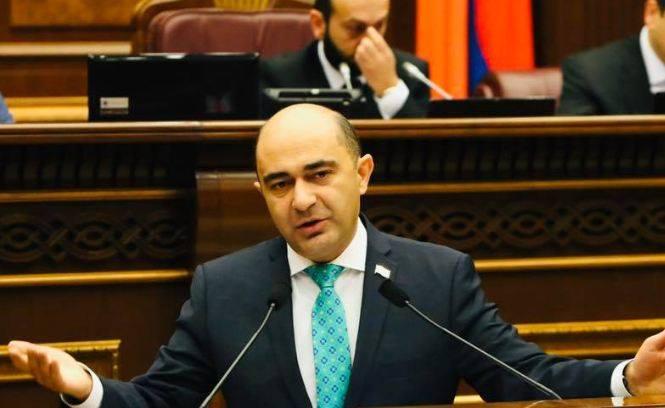 Photo of «Боюсь, что теперь на основании карантина страны могут применить к нам такие же ограничения». Руководитель парламентской фракции «Просвещенная Армения» Э. Марукян