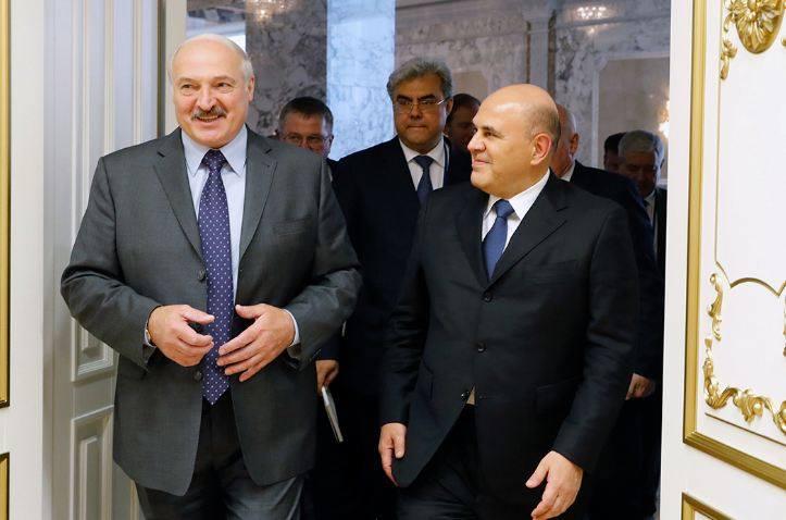Photo of Лукашенко заявил о перехвате разговора Варшавы и Берлина и назвал фальсификацией версию об отравлении Навального