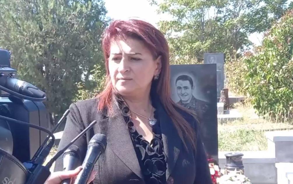 Photo of Արմենակ Ուրֆանյանի մայրը՝ որդու շիրմաքարի պղծման դեպքի մասին