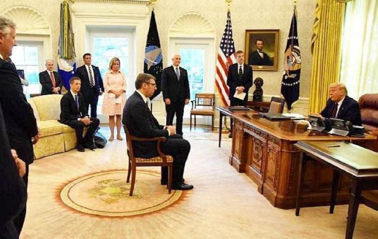Photo of Սերբիայում քննադատել են Զախարովային. վերջինս  նախագահ Վուչիչին խորհուրդ է տվել Դոնալդ Թրամփի դիմաց նստել Շերոն Սթոունի հայտնի դիրքով