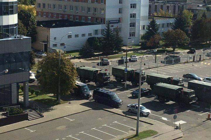Photo of Մինսկի կենտրոնն արգելափակված է. անվտանգության ուժեր են կենտրոնացվում՝ հատուկ տեխնիկայով