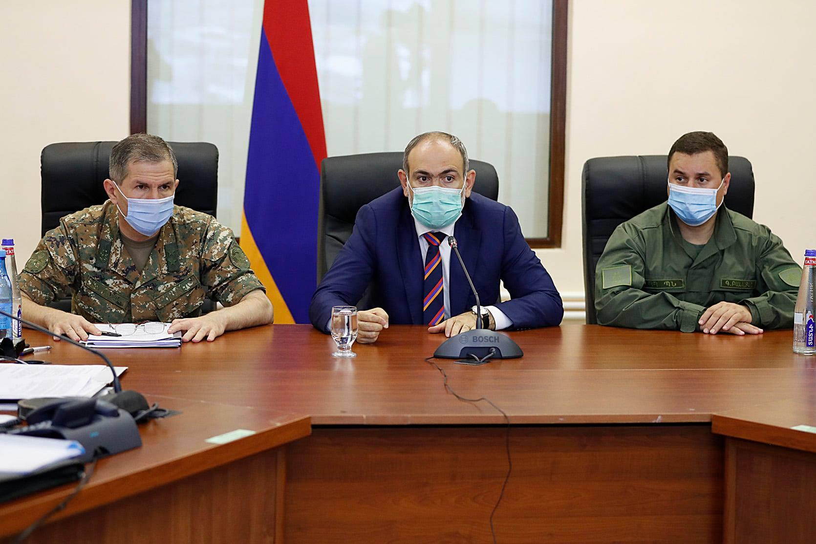 Photo of Никол Пашинян встретился с руководством Вооруженных сил