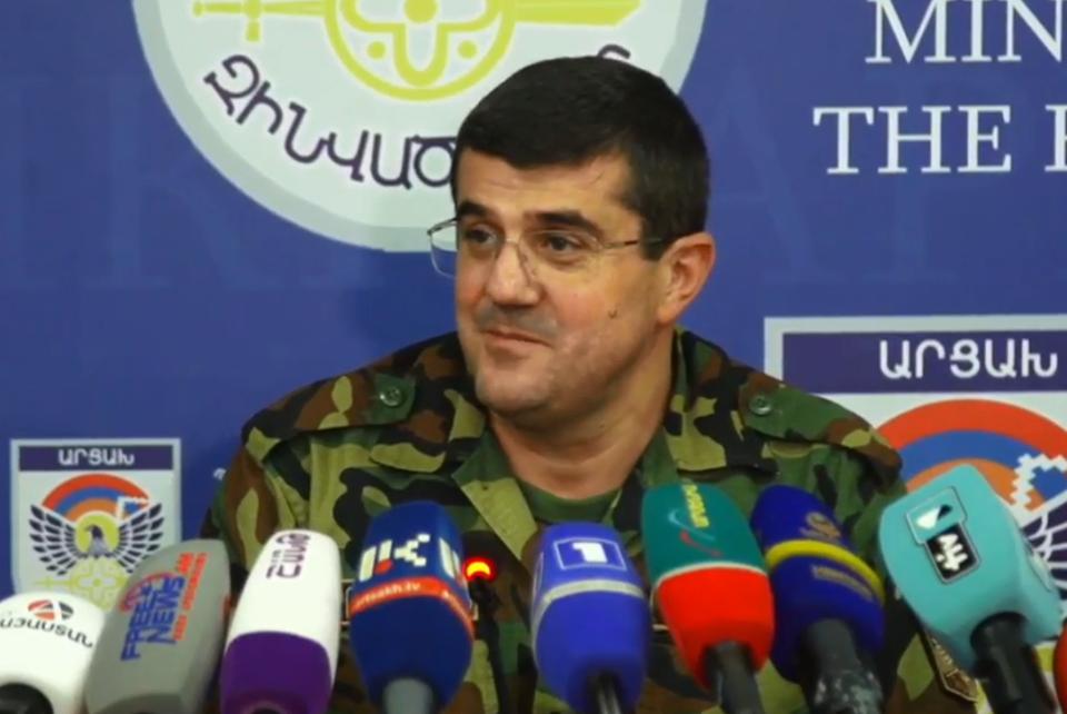 Photo of «Ունենք հայրենակից, որը նռնակներով նետվել է թշնամու խրամատը և վերջում պայթեցրել իրեն ու թշնամիներին». ԱՀ նախագահ