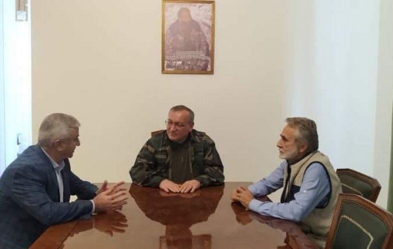 Photo of Արթուր Թովմասյանը հանդիպել է Ազգային ժողովի նախկին նախագահների հետ