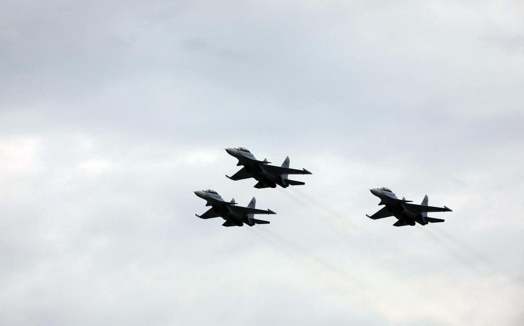 Photo of 21 сентября военные летчики осуществят полет