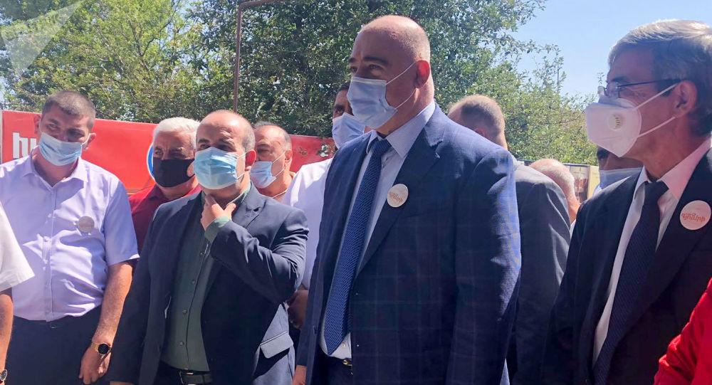 Photo of У мэра Гюмри диагностировали коронавирус. Протестировано 26 сотрудников