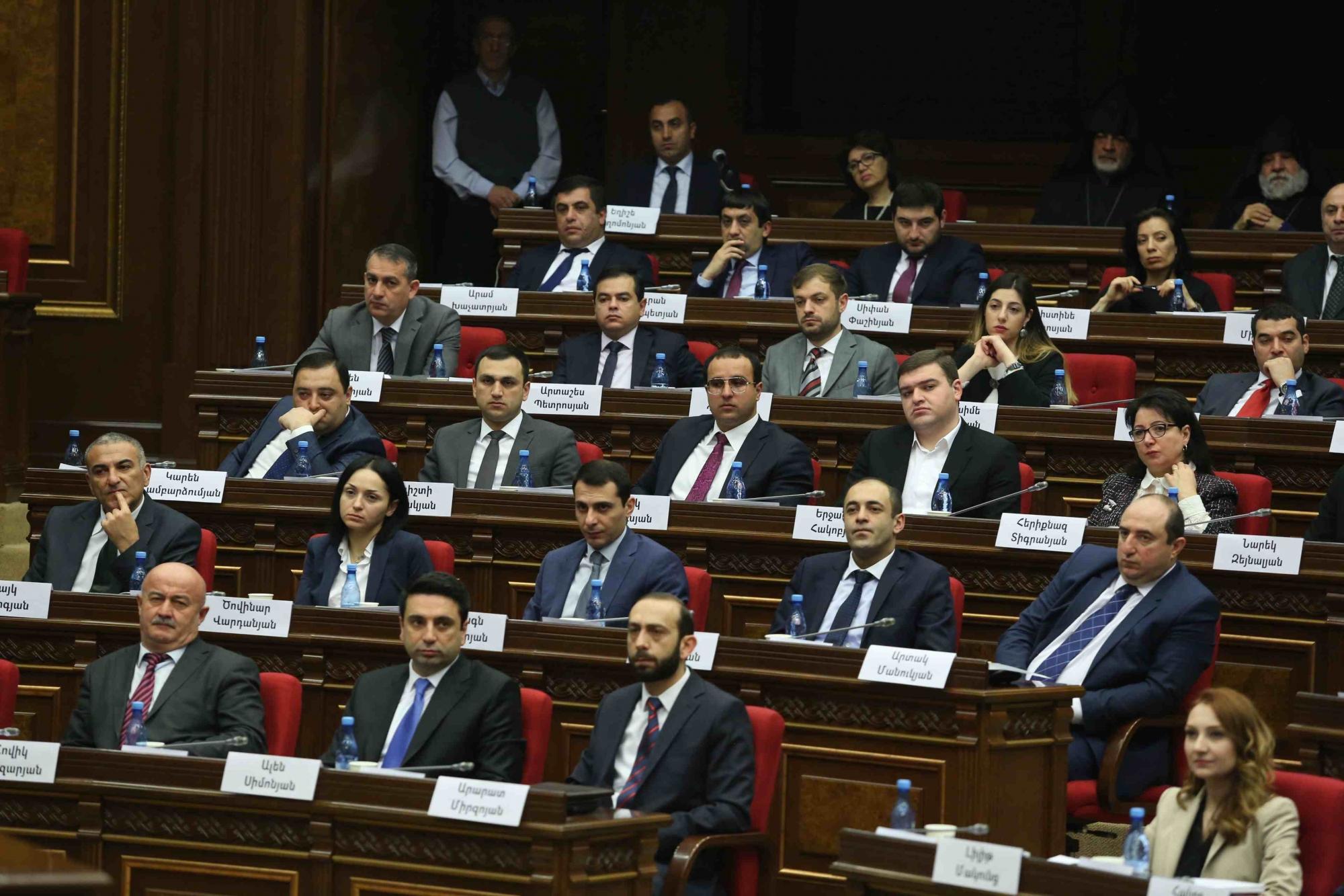 Photo of «ԱԺ իշխող խմբակցությունն անկարող է հրապարակային քննադատելու իր իսկ ձևավորած կառավարության աշխատանքը»
