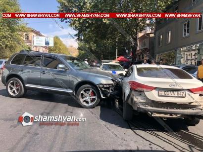 Photo of Ավտովթար Երևանում. Tuareg-ը Հերացի փողոցում դուրս է եկել հանդիպակաց գոտի և բախվել Hyundai Elantra-ին. կա վիրավոր