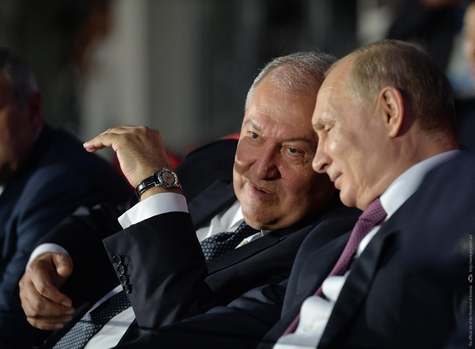 Photo of Մեր երկների հարաբերությունները հիմնվում են բարեկամության և փոխադարձ հարգանքի ավանդույթների վրա. ՌԴ նախագահ Վլադիմիր Պուտինը շնորհավորել է նախագահ Արմեն Սարգսյանին