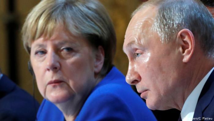 Photo of Комментарий: «Новичок» для Навального — вызов для Запада и Путина