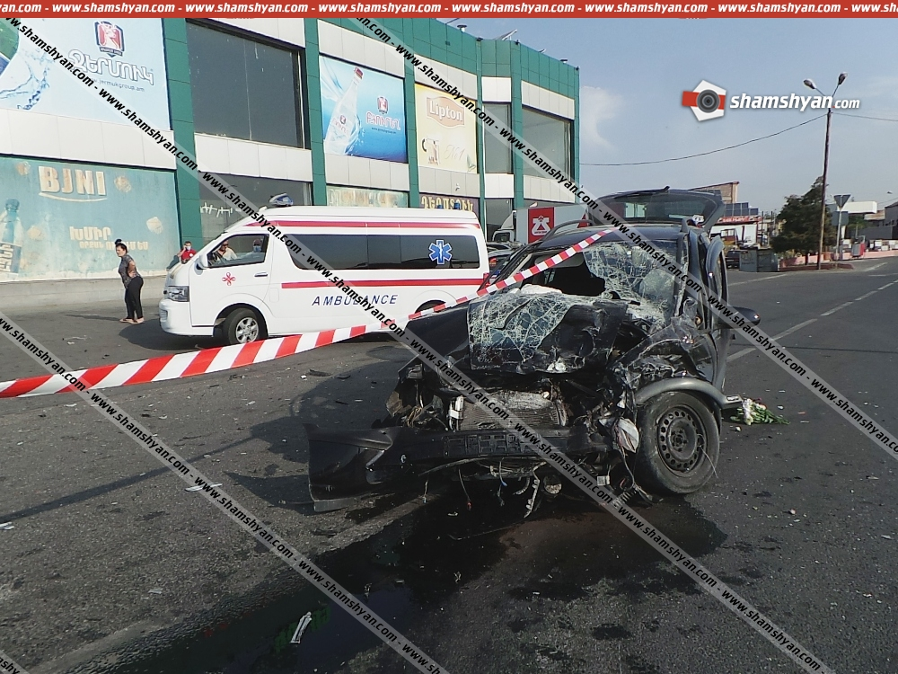 Photo of Խոշոր ավտովթար Երևանում․ Նորագավիթում բախվել են 6 ավտոմեքենա