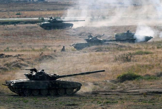 Photo of «Если мы продолжим успешные военные действия, Азербайджану придется просить о прекращении огня, как это произошло в 2016 году». Политолог А. Варданян