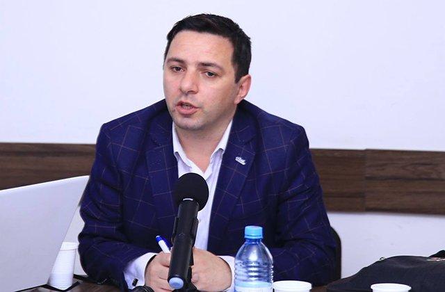 Photo of «Այս փուլում մեր դիվանագիտական ճակատը պետք է Ադրբեջանի վրա միջազգային ճնշում ապահովի». Արմեն Վարդանյան
