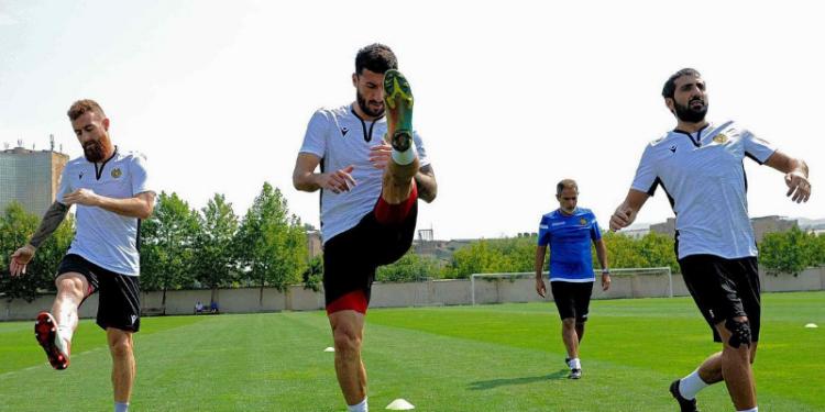 Photo of Հայաստանի հավաքականի ֆուտբոլիստները և մարզչական շտաբը կրկին կթեստավորվեն ու կանցկացնեն ևս մեկ մարզում