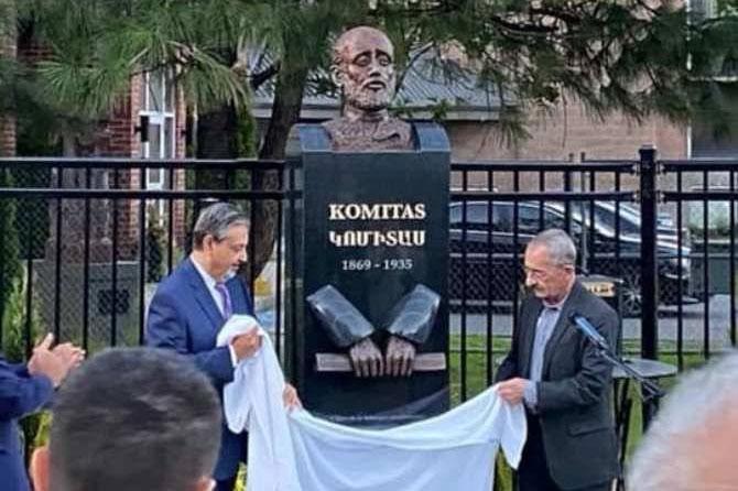 Photo of Մոնրեալում բացվել է Կոմիտասի արձանը