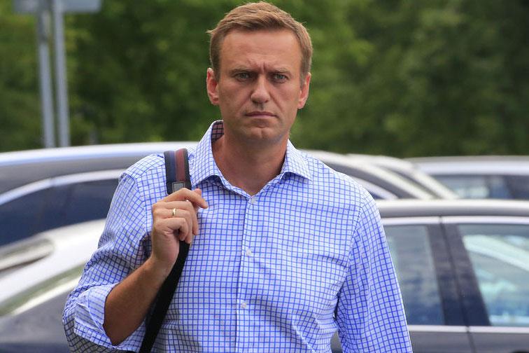 Photo of Spiegel: Навального отравили более сильной версией «Новичка»