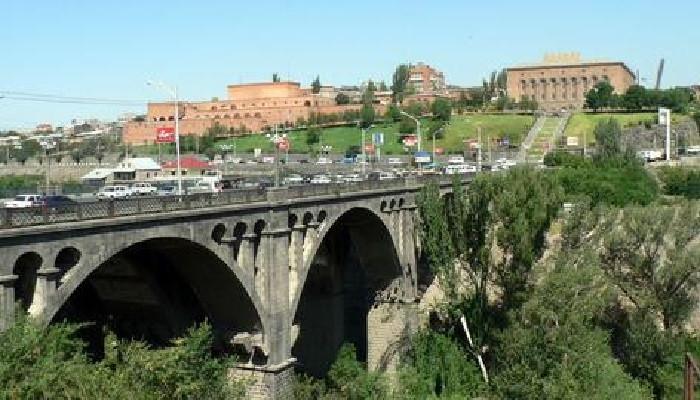 Photo of Ինքնասպանության փորձ Հաղթանակի կամրջից