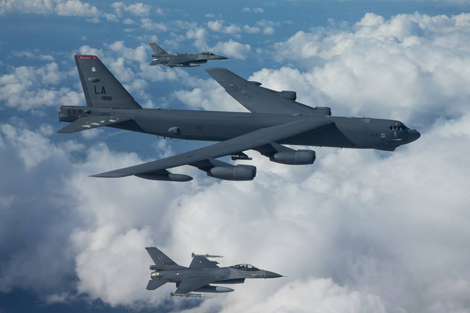 Photo of Шойгу сообщил о тренировке самолетов США в нанесении ударов по России