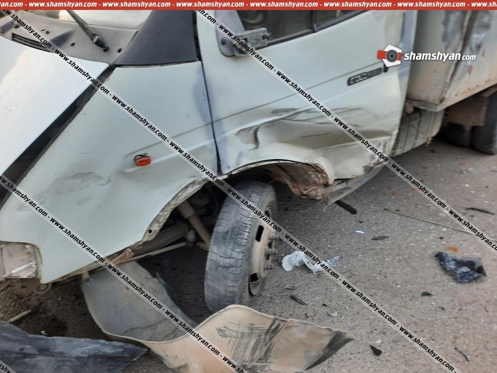 Photo of Ավտովթար Լոռու մարզում․ բախվել են բեռնատար «Գազելն» ու 07-ը․ կա վիրավոր