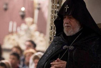 Photo of Гарегин Б прерывает встречу с Папой Римским и немедленно возвращается в Армению
