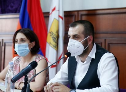 Photo of Ծնողները մեզ են վստահելու ոչ միայն իրենց երեխաների կրթությունը, այլև առողջությունը. փոխքաղաքապետ