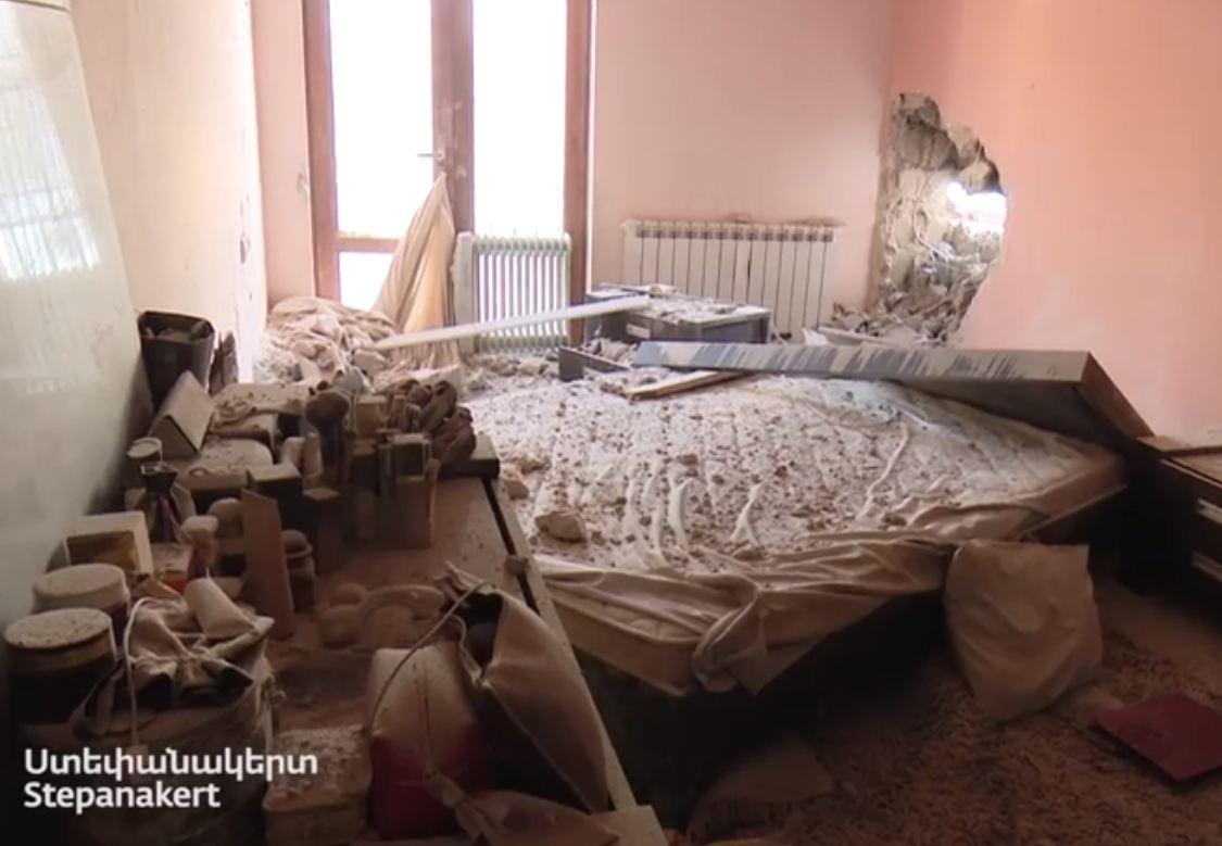 Photo of Кадры из Степанакерта. Вооруженные силы Азербайджана нанесли удар по мирному населению