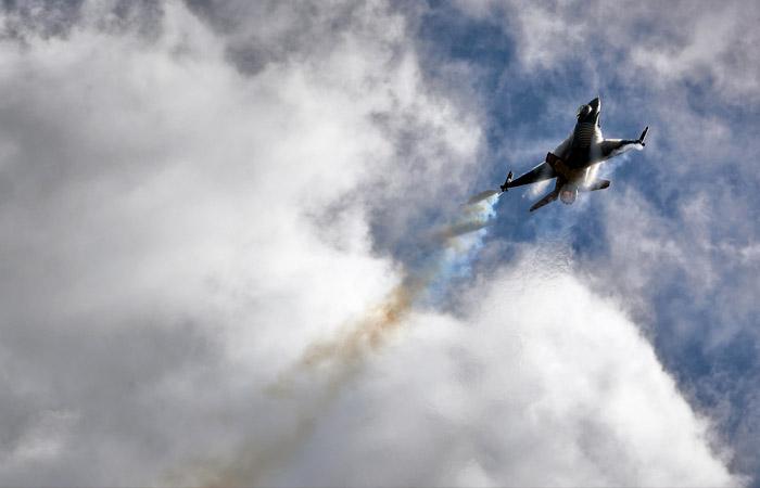 Photo of Թուրքիայի F-16 բազմաֆունկցիոնալ կործանիչի կողմից ՀՀ օդային տարածքում խոցվել է ՀՀ ԶՈւ ռազմաօդային ուժերի ՍՈւ-25 գրոհիչը.  օդաչուն, ցավոք, հերոսաբար զոհվել է