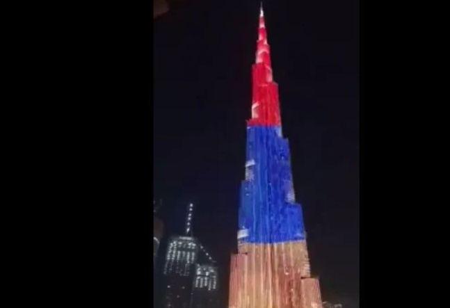 Photo of Знаменитые небоскребы ОАЭ окрасились в цвета армянского триколора