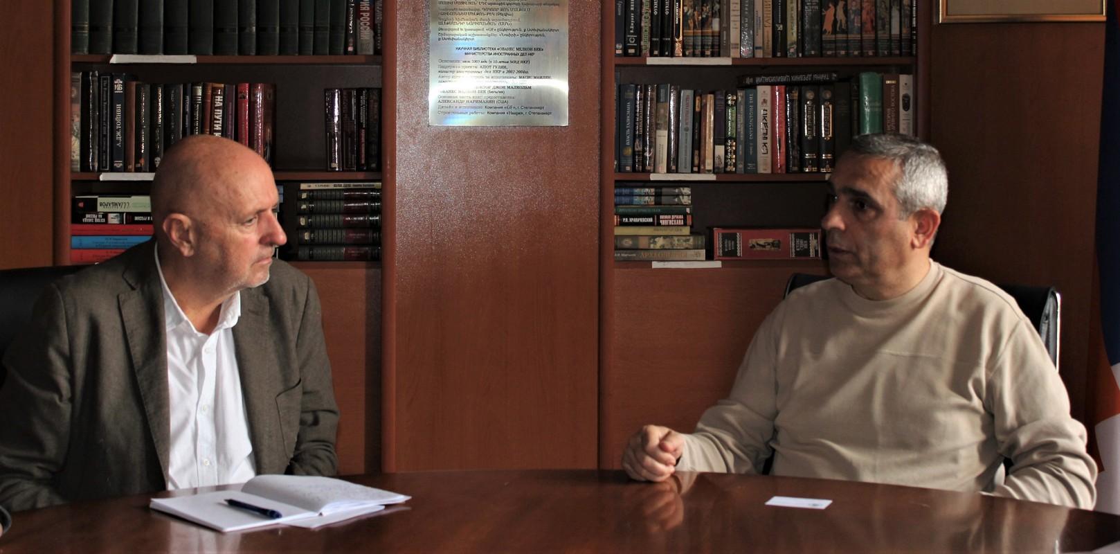 Photo of Արցախի ԱԳՆ ղեկավար Մասիս Մայիլյանն ընդունել է Բելգիայի Դաշնային խորհրդարանի Ներկայացուցիչների պալատի պատգամավոր Ժորժ Դալմանին