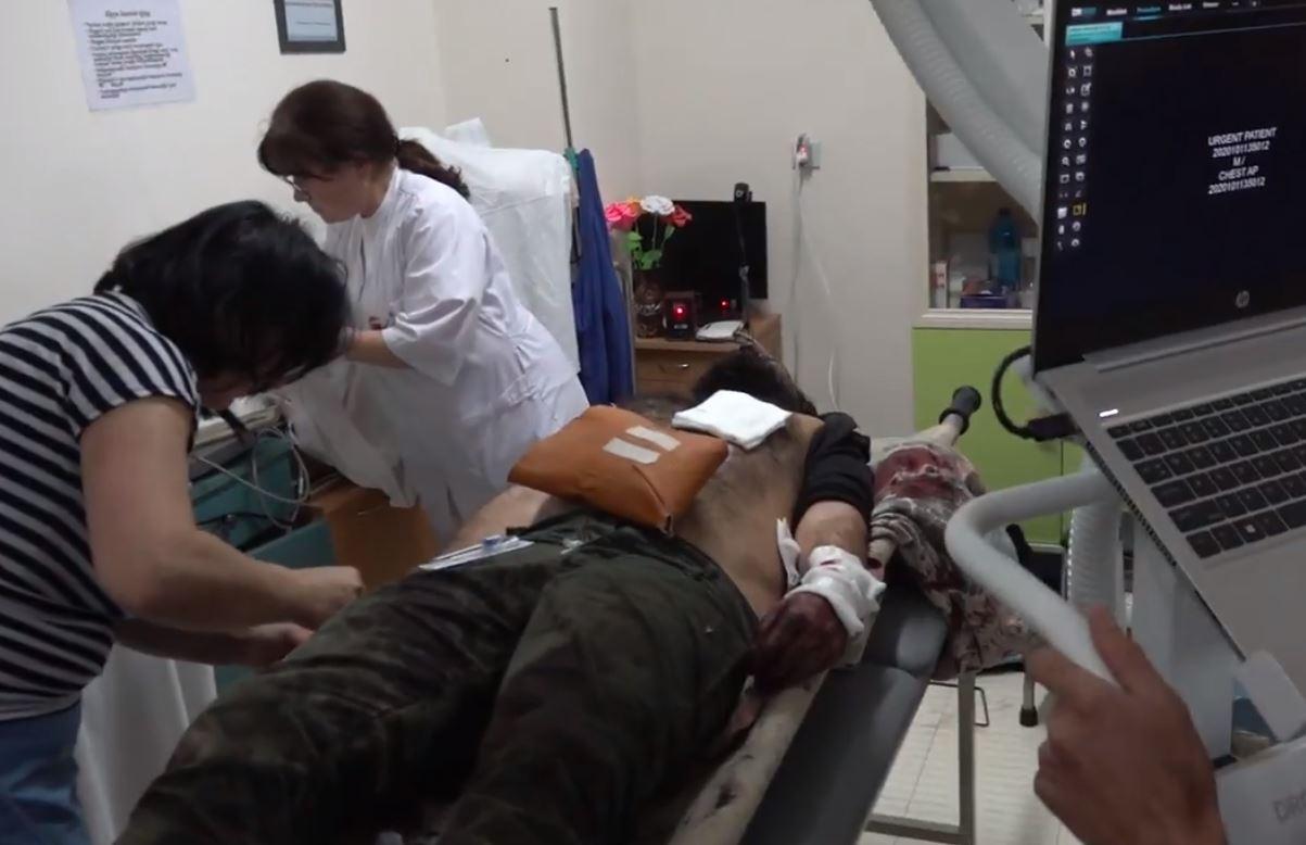 Photo of Le Monde-ի թղթակից Ալլան Կավալի վիճակը ծանր է, նրան վիրահատում են Ստեփանակերտի բժկական կենտրոնում