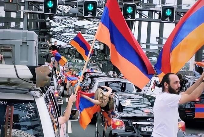 Photo of Ավստրալիայի հայ համայնքը թուրք-ադրբեջանական ագրեսիայի դատապարտման պահանջով փակել է Հարբոր կամուրջը