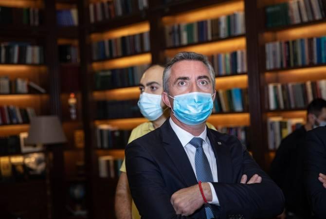 Photo of Ֆրանսիայի Սենատի անդամ Ստեֆան Ռավիեն այցելել է Հայրենիքի պաշտպանի վերականգնողական կենտրոն