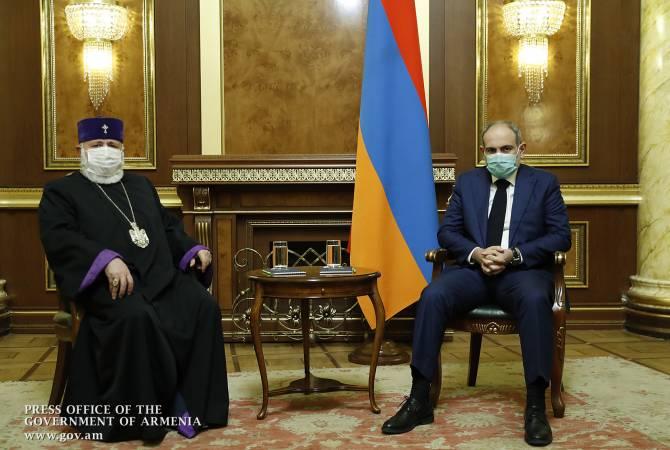 Photo of Կաթողիկոսը Փաշինյանի հետ հանդիպմանը ՀՀ և ԱՀ կառավարություններին զորակցություն է հայտնել