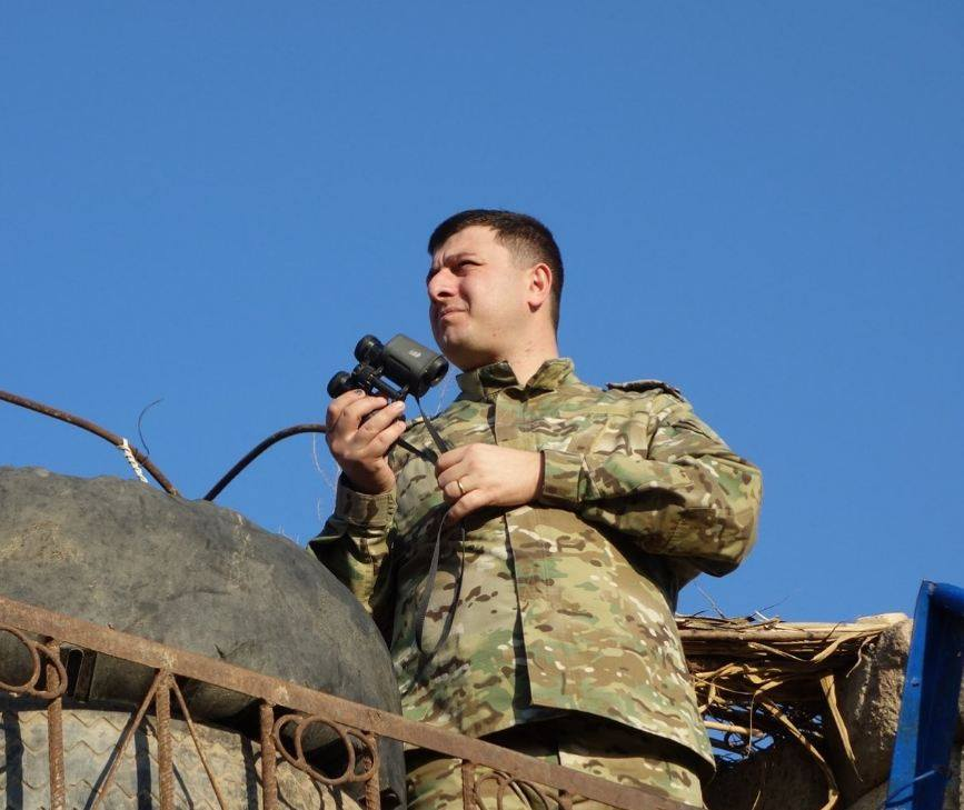 Photo of Մինչ ադրբեջանական լրատվամիջոցները սահմանի ինչ որ հատվածում իրենց դրոշը կախելու տեսանյութն են տալիս, մերոնք խփում ու հետ են վերցնում դա