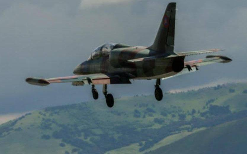 Photo of Թուրքիայի ՌՈւ F-16 կործանիչների պատսպարմամբ ադրբեջանական օդուժը սահմանի երկայնքով կիրառում է Սու-25 գրոհիչ ինքնաթիռներ