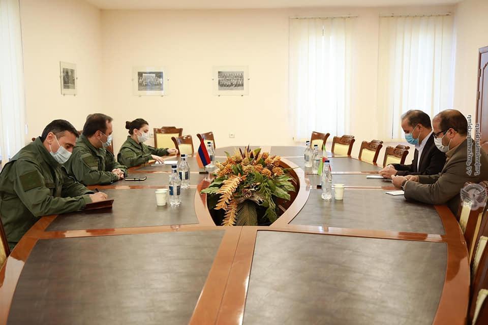 Photo of ՀՀ-ում ԻԻՀ դեսպանության ռազմական կցորդն այցելել է պաշտպանության նախարարություն