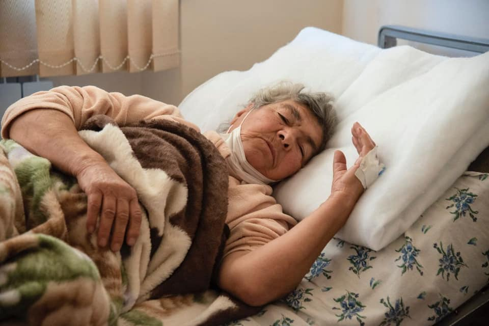 Photo of Սարգսյան Ռուզաննա. Վիրավորվել է հոկտեմբերի 16-ի լույս 17-ի գիշերը Ստեփանակերտում՝ Ադրբեջանի կողմից իրականացված խաղաղ բնակավայրերի հրթիռակոծության հետևանքով