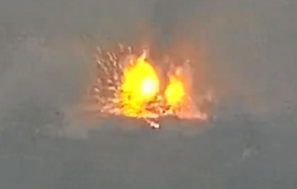 Photo of Уничтожение вражеской автоколонны и бронетехники