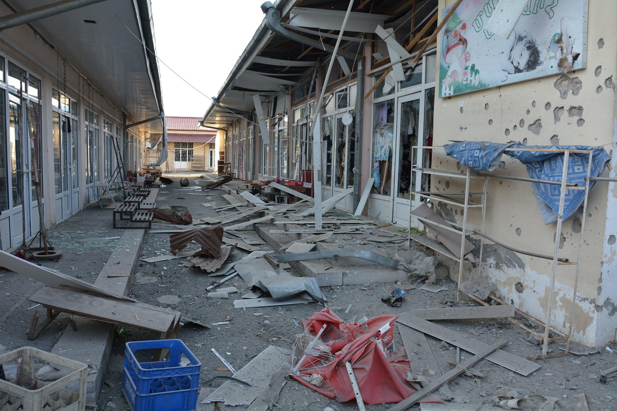 Photo of Առավոտյան հրթիռակոծվել է Ստեփանակերտը. Թիրախում դարձյալ քաղաքացիական ենթակառուցվածքներն են