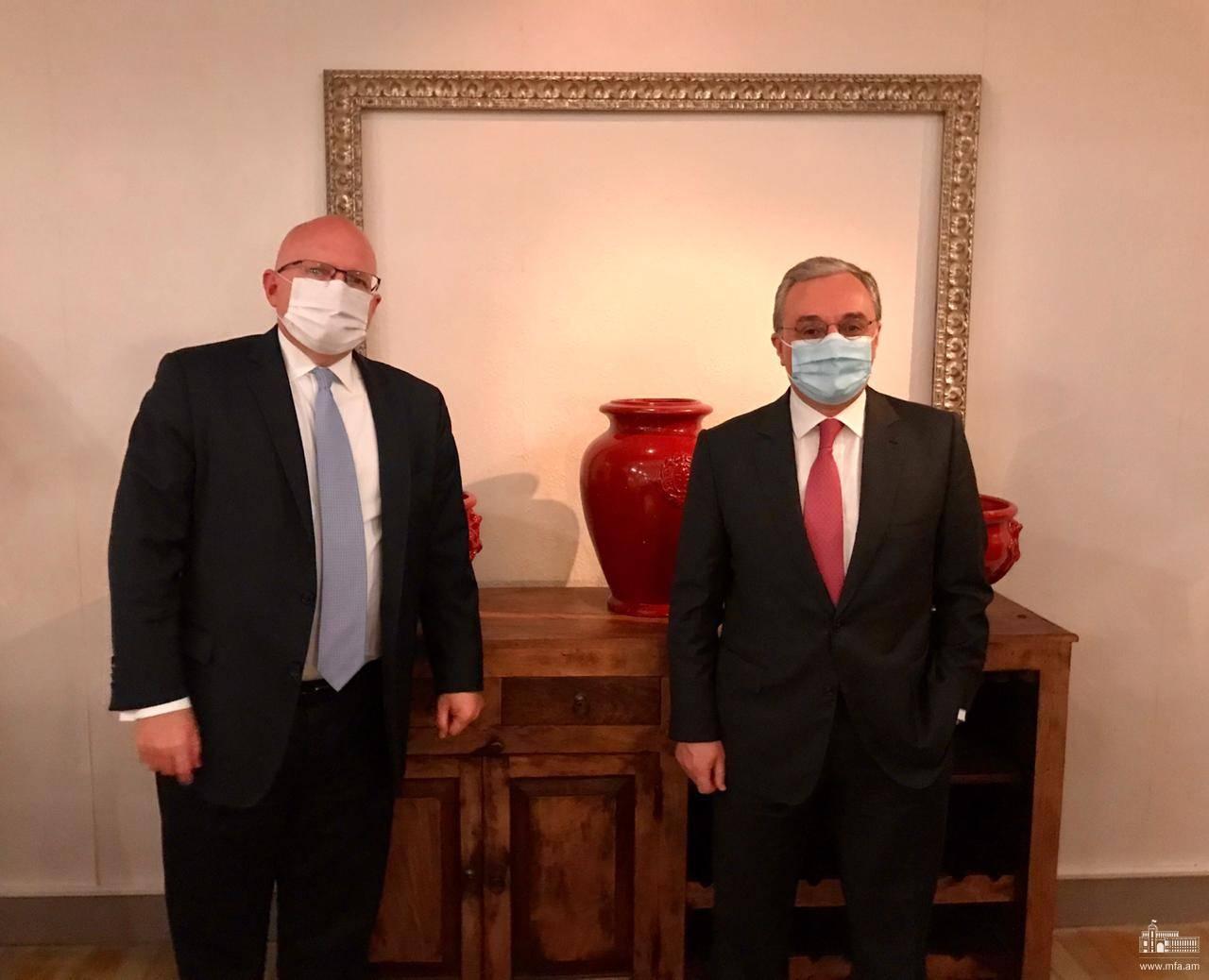 Photo of Զոհրաբ Մնացականյանը հանդիպել է ԱՄՆ պետքարտուղարի եվրոպական և եվրասիական հարցերով տեղակալի հետ