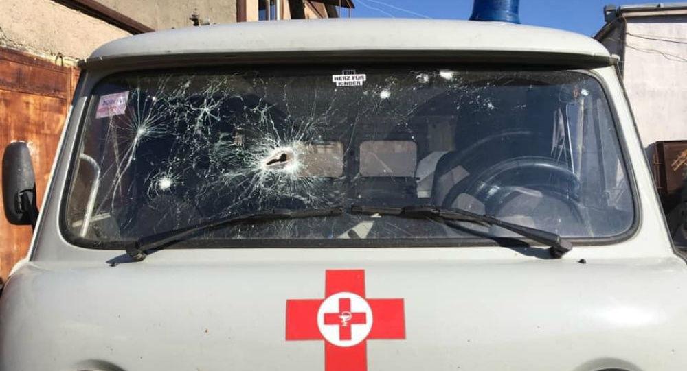 Photo of Ադրբեջանցիները կրակ են բացել շտապօգնության մեքենայի վրա. լուսանկարներ
