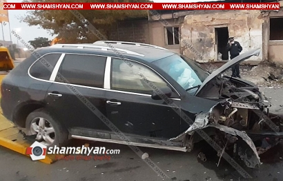 Photo of Խոշոր ավտովթար Երևանում. Porsche Cayenne-ը բախվել է Նորագավիթի «գայի պոստին». ոստիկանությունը պարզում է վարորդի ինքնությունը