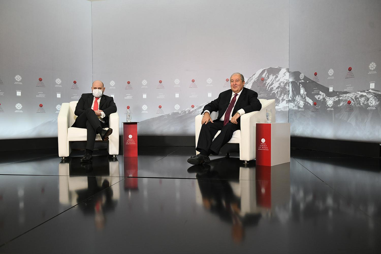 Photo of «Հուսով եմ՝ հրադադարը կլինի խաղաղության գործընթացին վերադառնալու սկիզբը»,-հայտարարել է նախագահ Արմեն Սարգսյանը