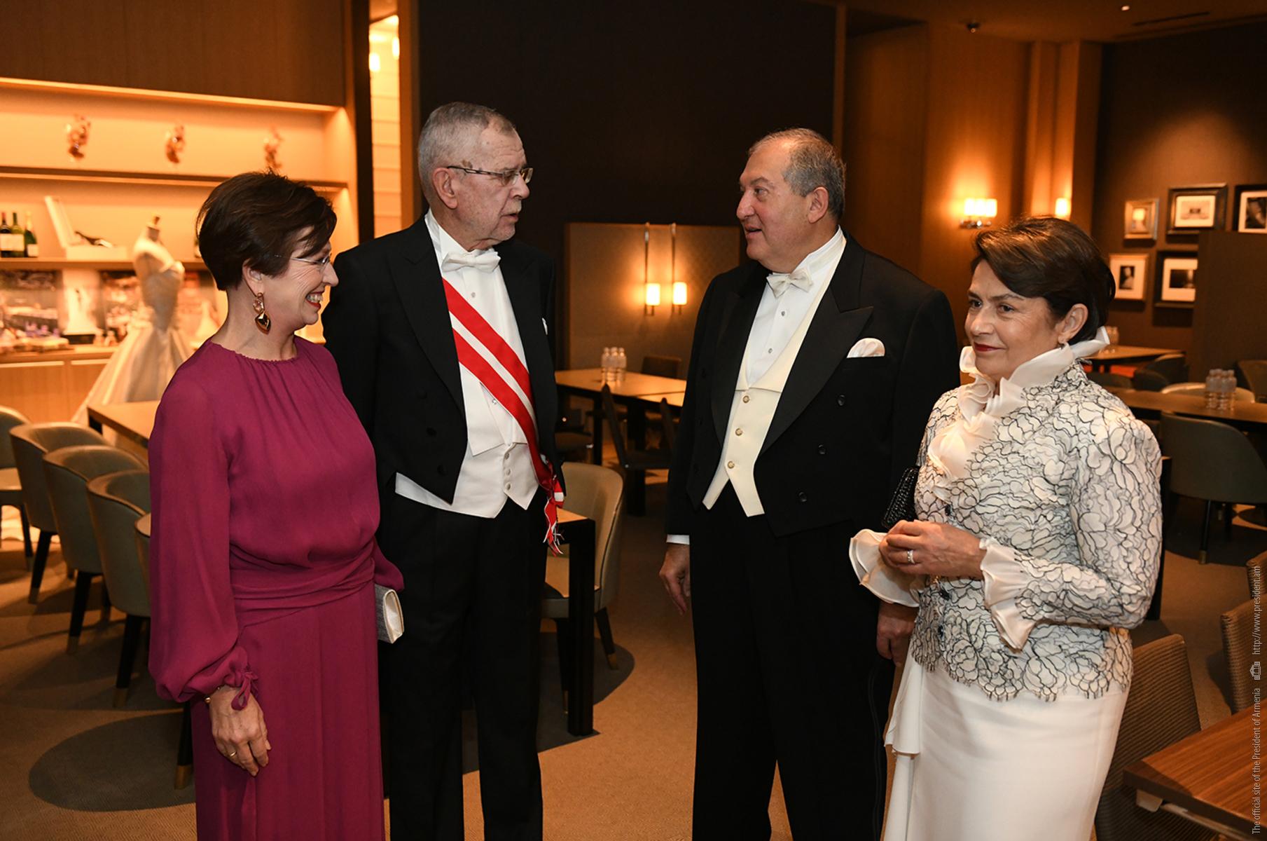 Photo of Հայաստանի և Արցախի համար այս դժվարին պահին Ավստրիան վերստին արտահայտեց իր հստակ աջակցությունը հայ ժողովրդին. նախագահ Արմեն Սարգսյանն ուղերձ է հղել Ավստրիայի նախագահին