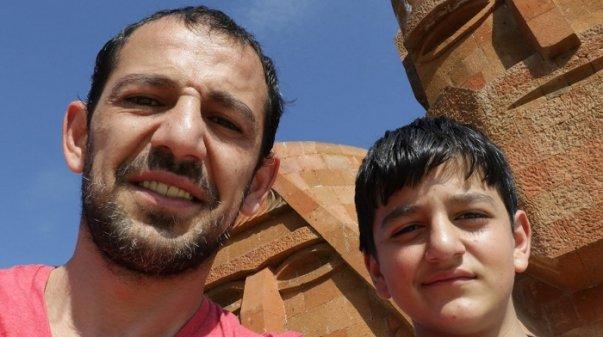 Photo of Արցախում զոհվել է դերասան Կարեն Մկրտչյանի որդին