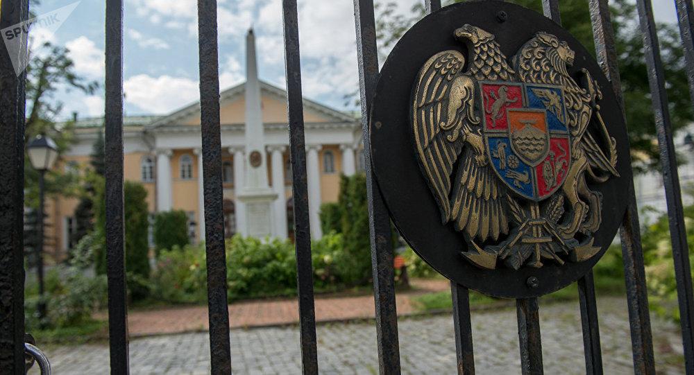 Photo of ՌԴ-ում Հայաստանի դեսպանությունը հորդորում է չտրվել սադրանքներին