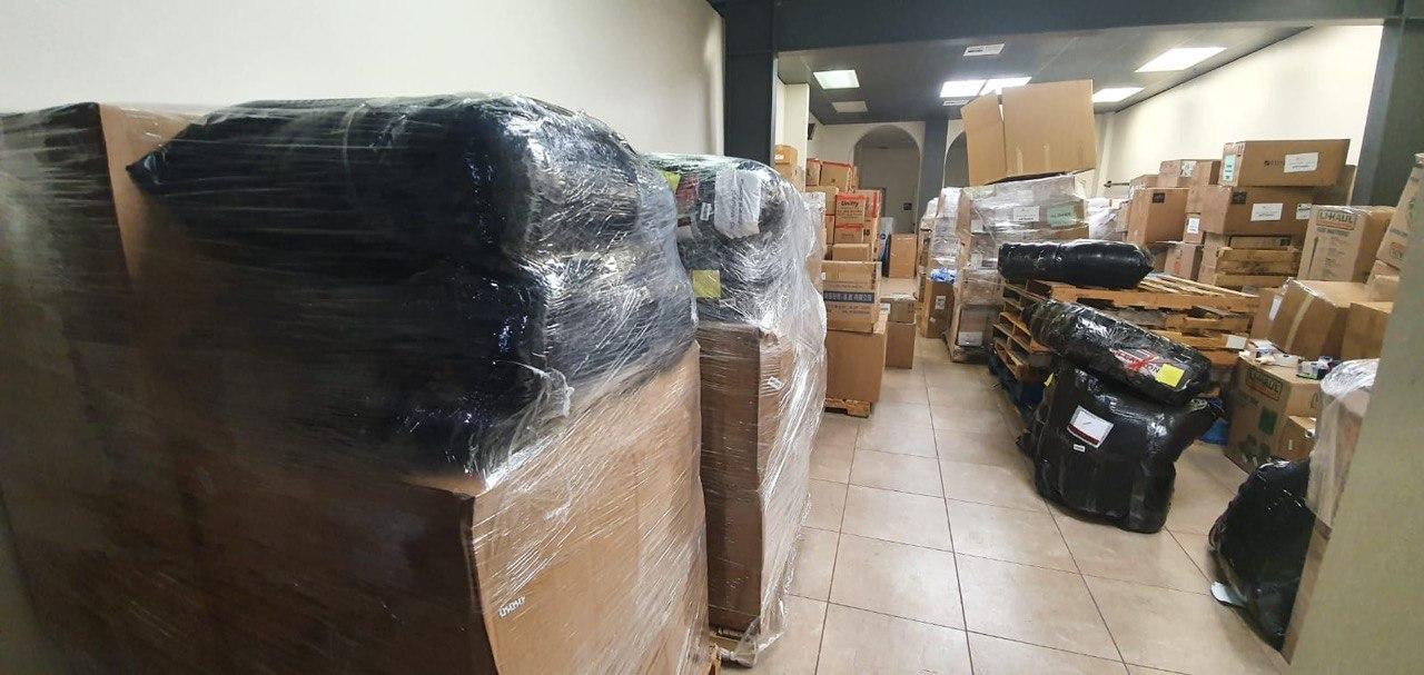 Photo of Երկու օրում Հայփոստի ԱՄՆ-ի մասնաճյուղում հավաքվել է առաջնագծի համար նախատեսված 20 տոննա ծանրոց